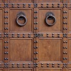 Door photo 014: Old Florentine wooden entrance door 100% proof (1500px)