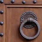 Door photo 014: Old Florentine wooden entrance door 100% proof (5000px)