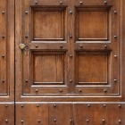 Door photo 016: Old Italian wooden entrance door 100% proof (1500px)