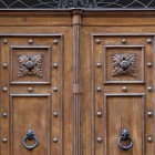 Door photo 019: Old historic Florentine wooden door 100% proof (1500px)