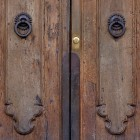 Door photo 026: Old Florentine wooden front door 100% proof (1500px)
