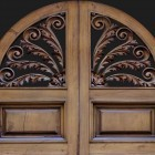 Door photo 030: Old Italian wooden front door 100% proof (1500px)
