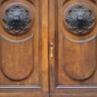 Door photo 033: Old Italian wooden entry door 100% proof (1500px)