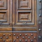 Door photo 038: Old Italian wooden entry door 100% proof (1500px)